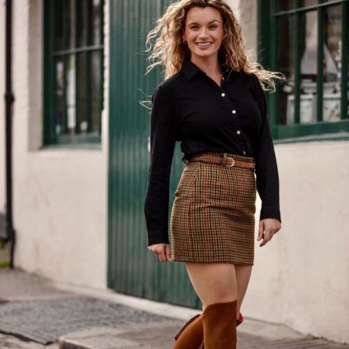 Fairford Skirt in Russet Houndstooth Tweed